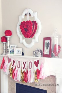 Totally Adorable Wreath Ideas For Valentines Day 22