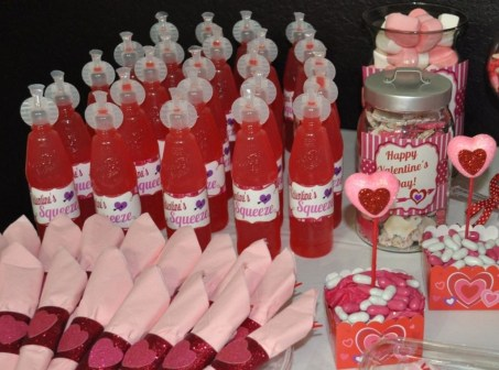Totally Fun Valentines Day Party Decorations Ideas 25