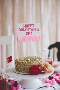 Totally Fun Valentines Day Party Decorations Ideas 36