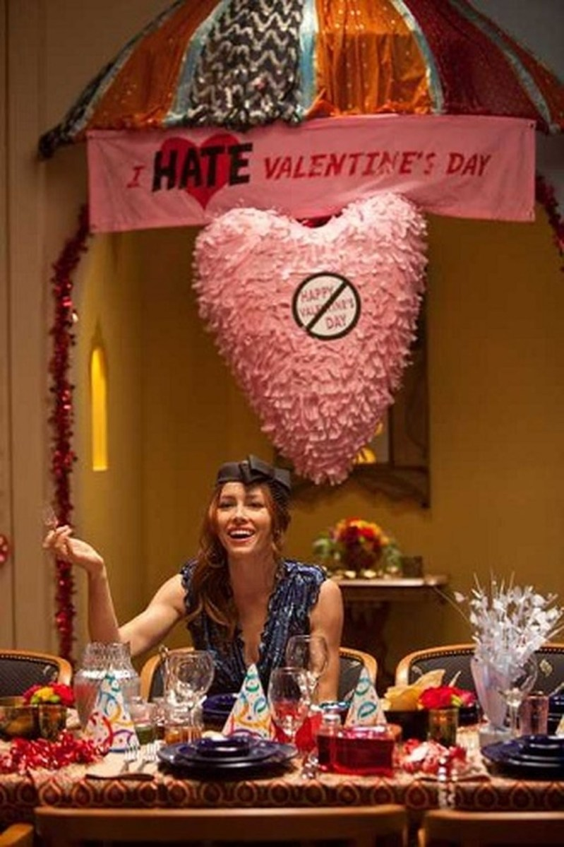 Totally Fun Valentines Day Party Decorations Ideas 40