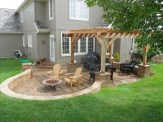Adorable Wooden Privacy Fence Patio Backyard Landscaping Ideas 07