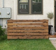 Adorable Wooden Privacy Fence Patio Backyard Landscaping Ideas 22