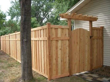 Adorable Wooden Privacy Fence Patio Backyard Landscaping Ideas 25