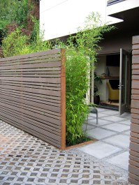 Adorable Wooden Privacy Fence Patio Backyard Landscaping Ideas 32