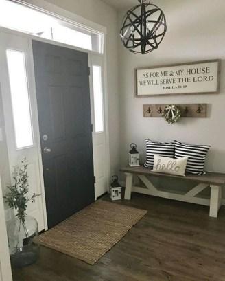 Amazing Farmhouse Entryway Mudroom Design Ideas 12