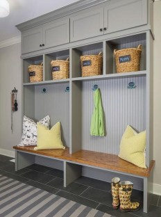 Amazing Farmhouse Entryway Mudroom Design Ideas 13