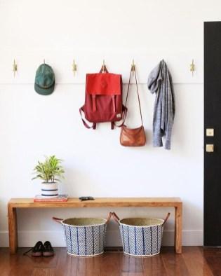 Amazing Farmhouse Entryway Mudroom Design Ideas 27