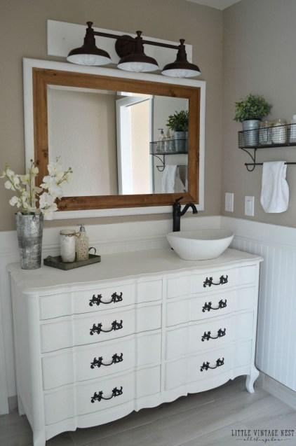 Amazing Farmhouse Style Master Bedroom Ideas 20