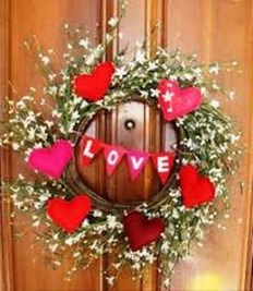 Amazing Outdoor Valentine Decoration Ideas 23
