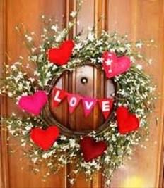 Amazing Outdoor Valentine Decoration Ideas 23