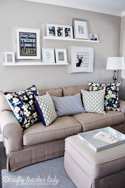 Awesome Small Living Room Decoration Ideas On A Budget 13