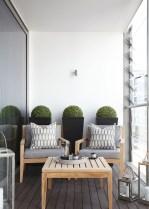 Cozy Apartment Balcony Decoration Ideas 09