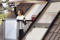 Cozy Apartment Balcony Decoration Ideas 22