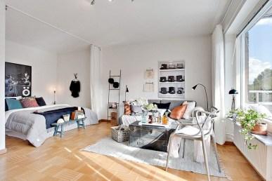 Cozy Apartment Studio Decoration Ideas 17