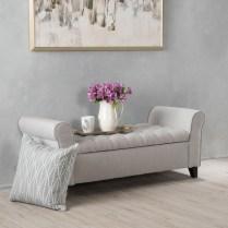 Elegant Small Master Bedroom Decoration Ideas 33
