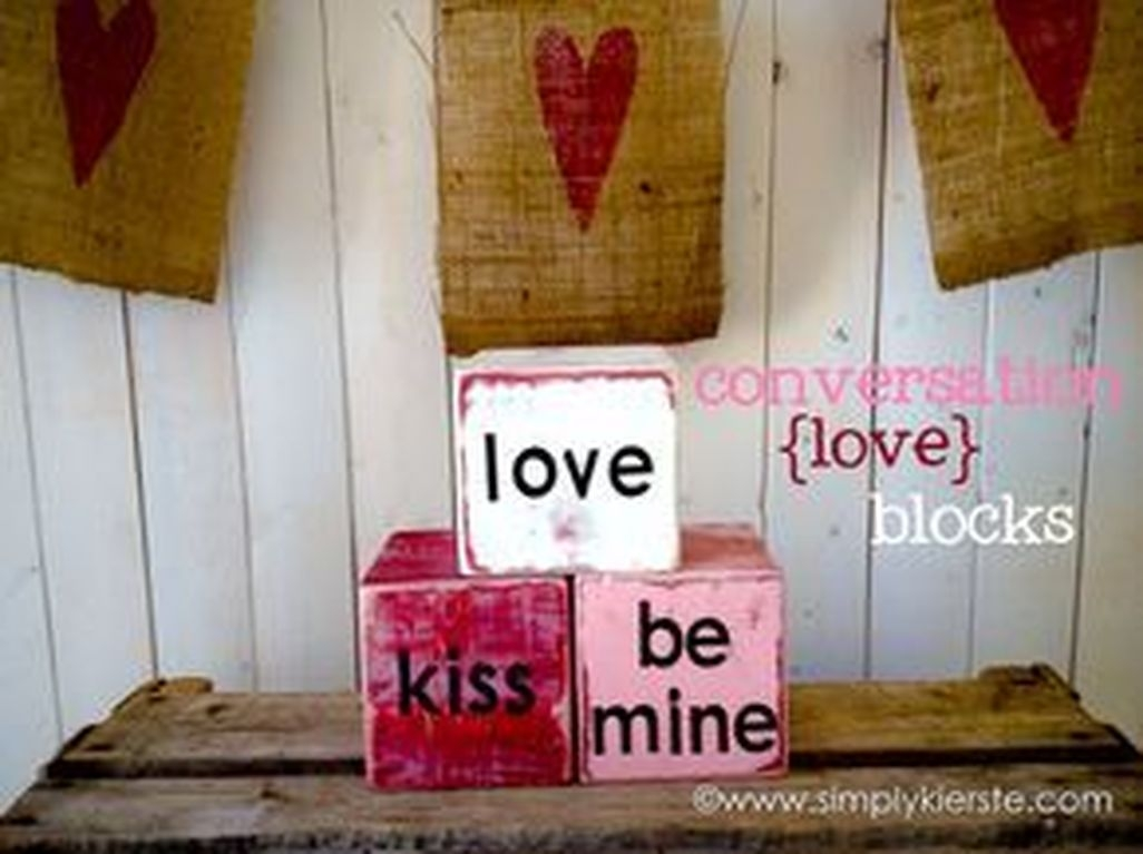 Fun And Festive Way Decorate Your Home For Valentine 06
