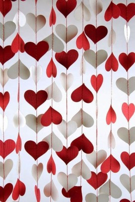 Fun And Festive Way Decorate Your Home For Valentine 42