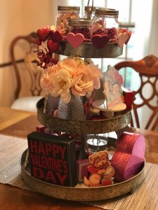Fun And Festive Way Decorate Your Home For Valentine 43