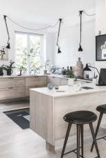 Minimalist Scandinavian Spring Decoration Ideas For Your Home 36