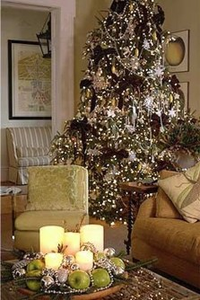 Warm And Cozy Classic Winter Home Decoration Ideas 14