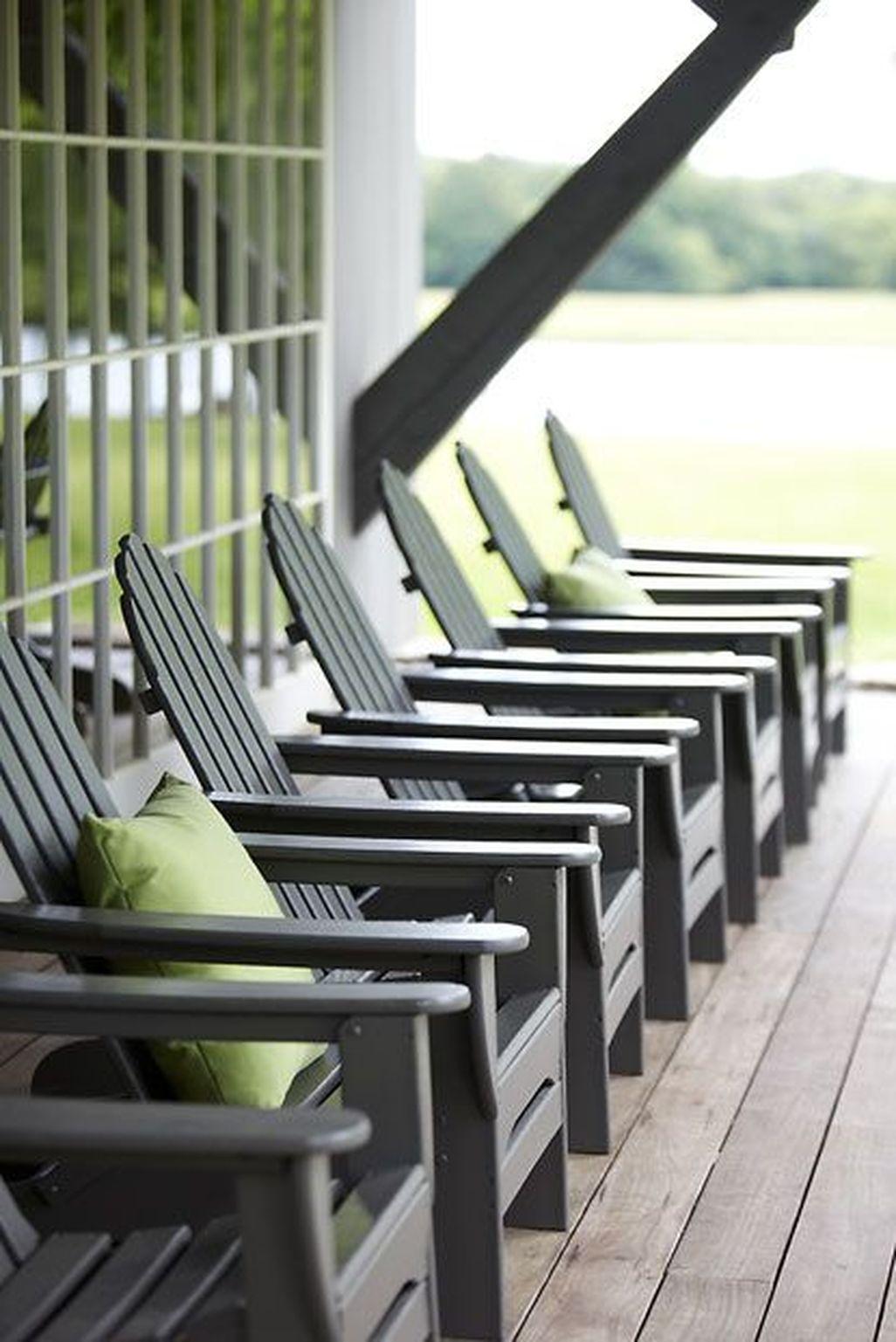 Adorable Farmhouse Spring And Summer Porch Decoration Ideas 06