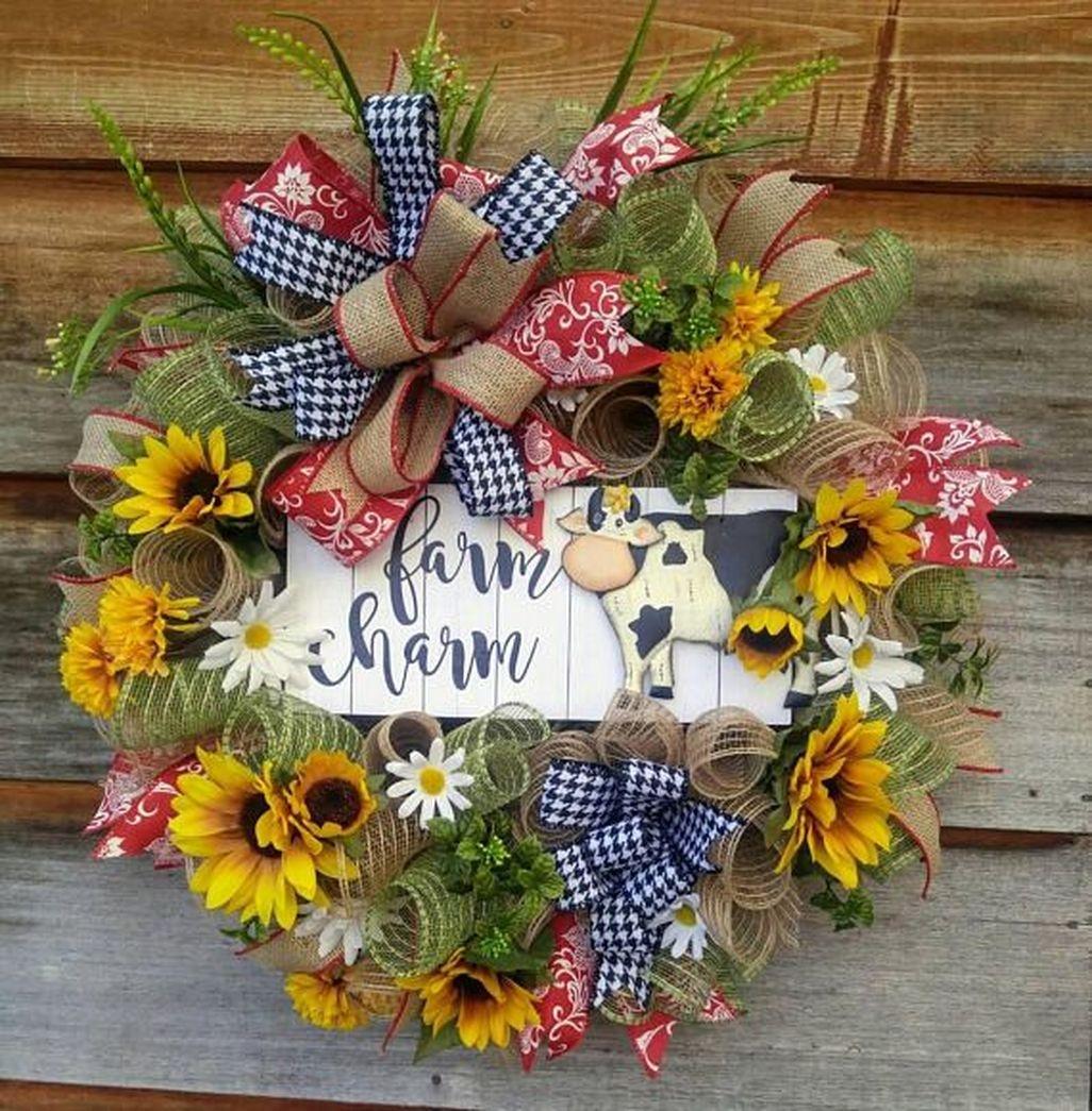 Adorable Farmhouse Spring And Summer Porch Decoration Ideas 39