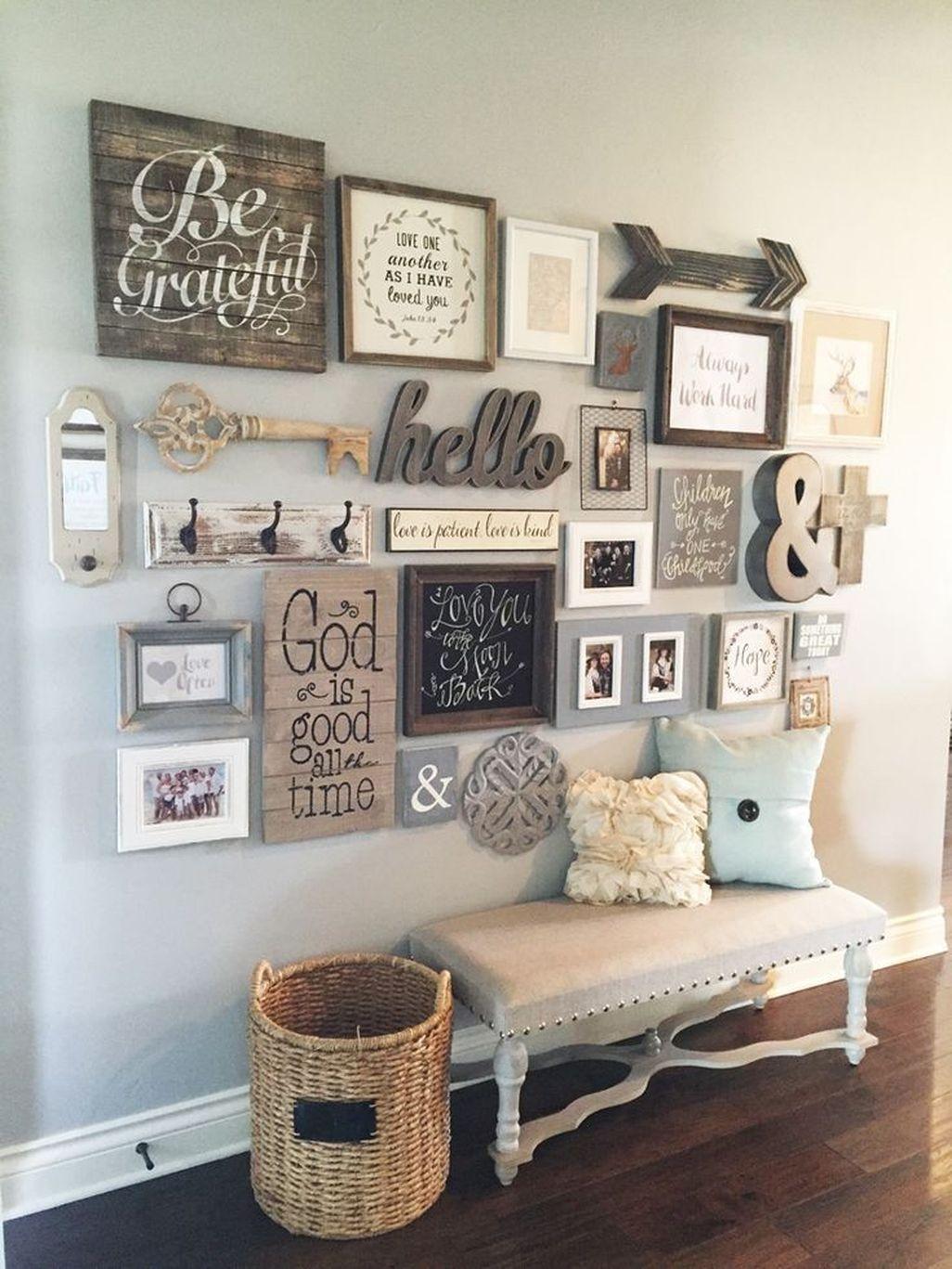 Amazing Rustic Farmhouse Living Room Decoration Ideas 24