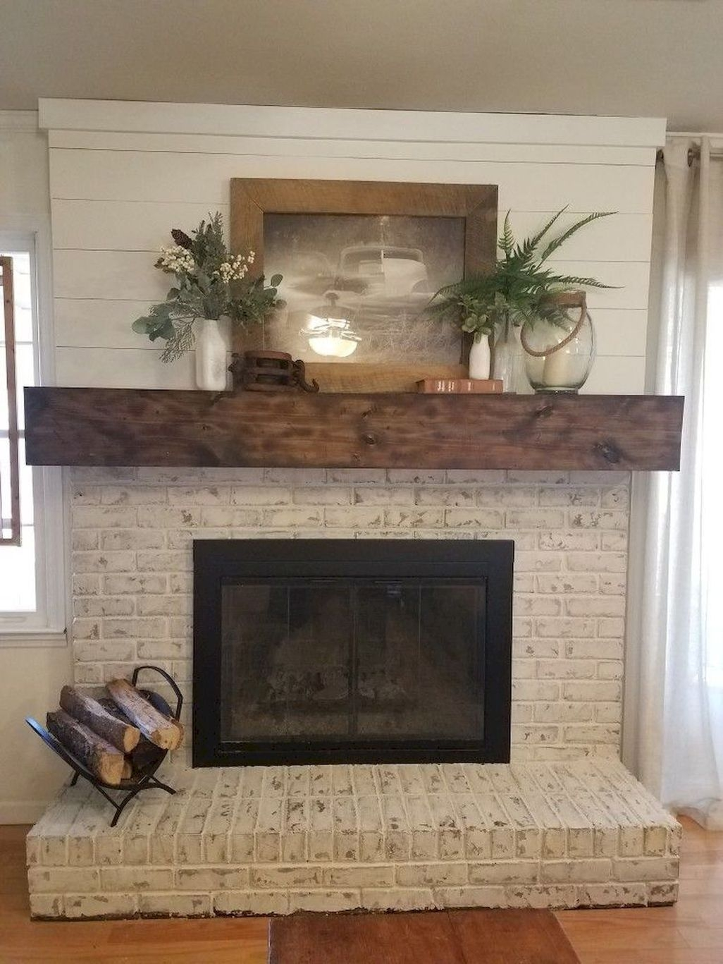 Amazing Rustic Farmhouse Living Room Decoration Ideas 37