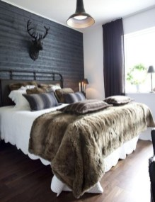 Awesome Rustic Farmhouse Bedroom Decoration Ideas 01