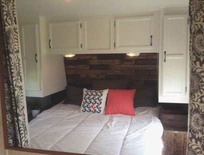 Awesome Rv Living Remodel Design Ideas 31