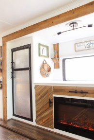 Awesome Rv Living Remodel Design Ideas 33