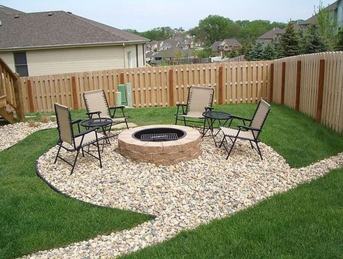 Awesome Small Backyard Patio Design Ideas 05