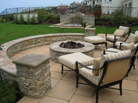 Awesome Small Backyard Patio Design Ideas 14