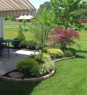 Awesome Small Backyard Patio Design Ideas 24