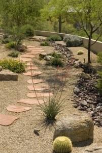 Beautiful Front Yard Rock Garden Design Ideas 08