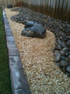 Beautiful Front Yard Rock Garden Design Ideas 35