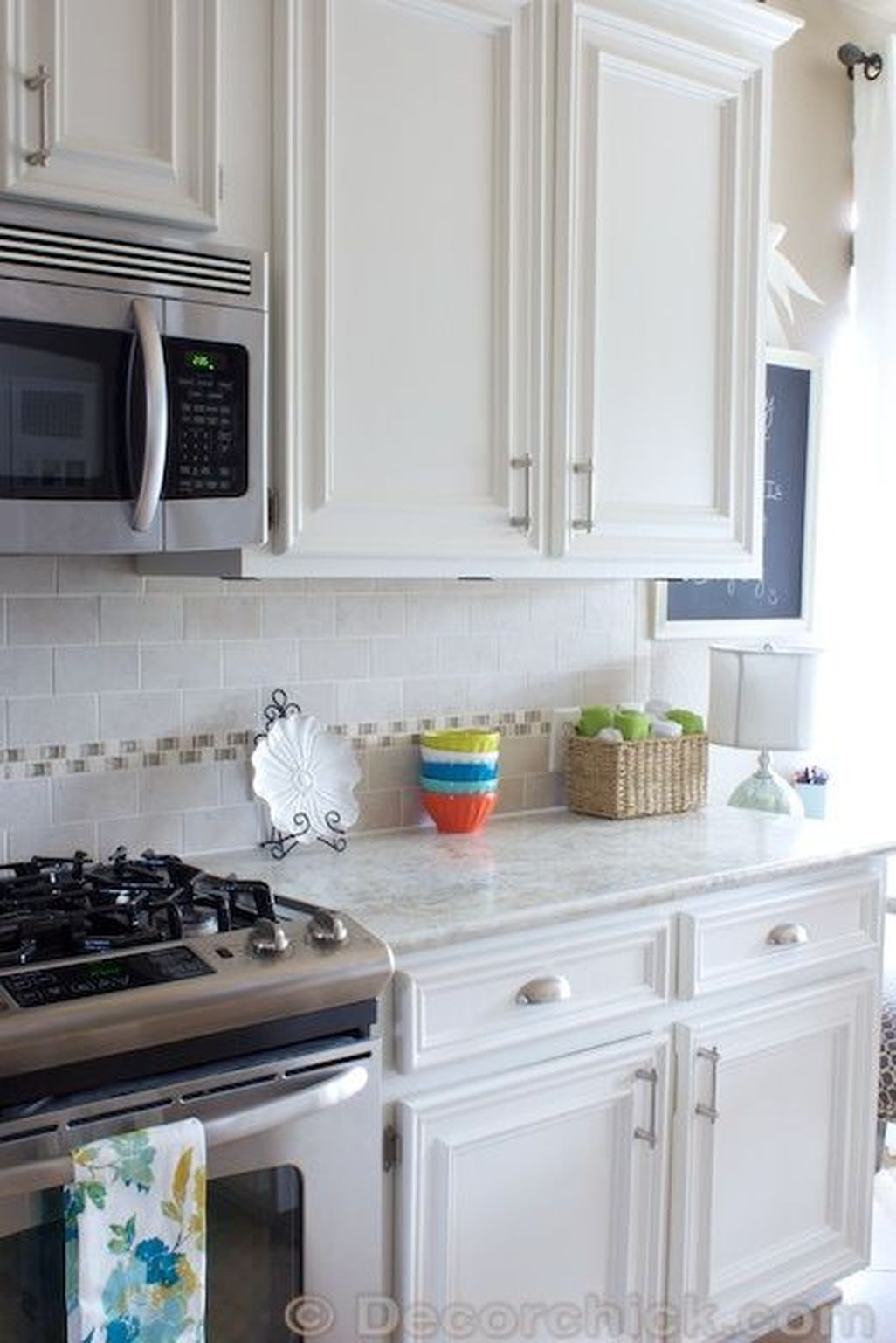Best White Kitchen Cabinet Design Ideas 16