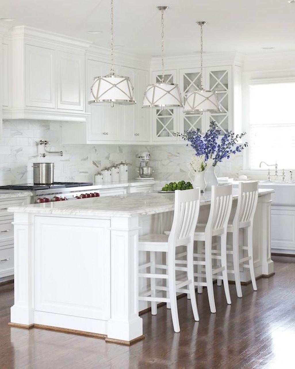 Best White Kitchen Cabinet Design Ideas 31