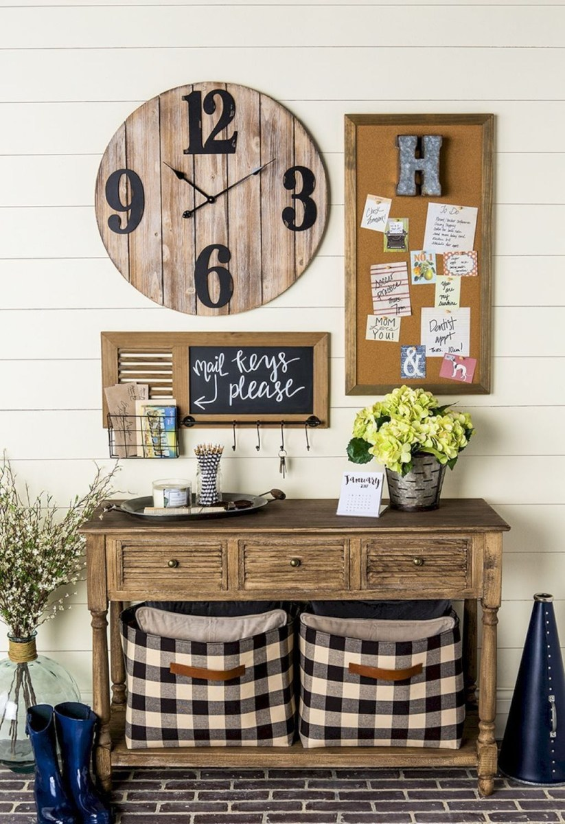 Cute Farmhouse Decoration Ideas Suitable For Spring And Summer 16