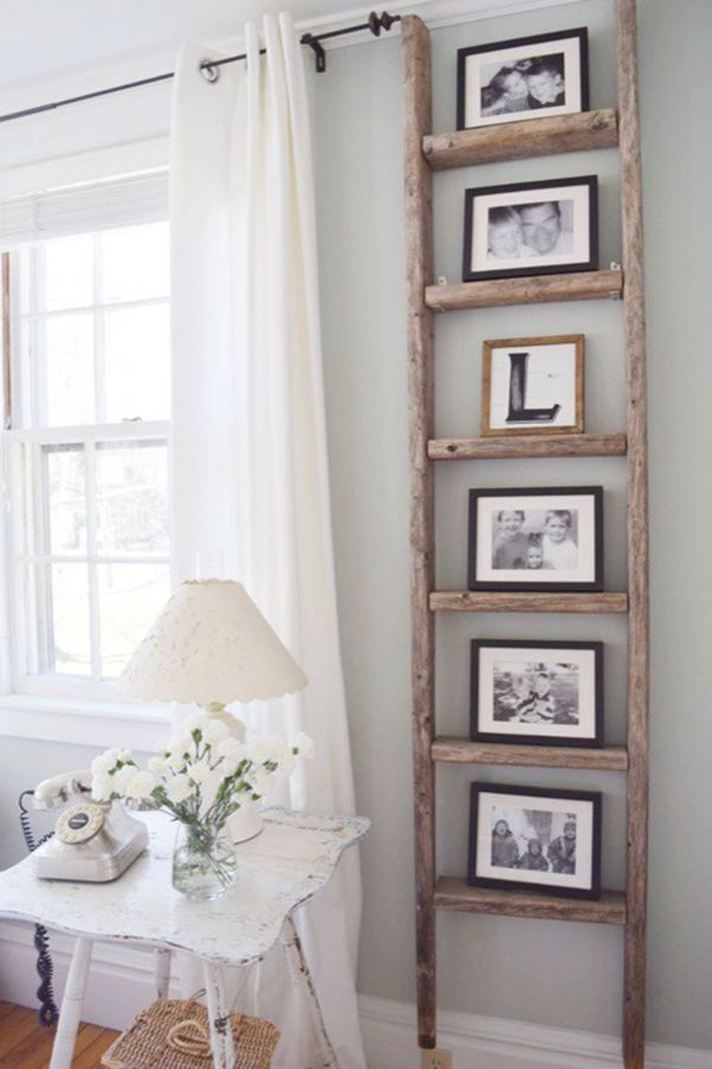 Cute Farmhouse Decoration Ideas Suitable For Spring And Summer 46