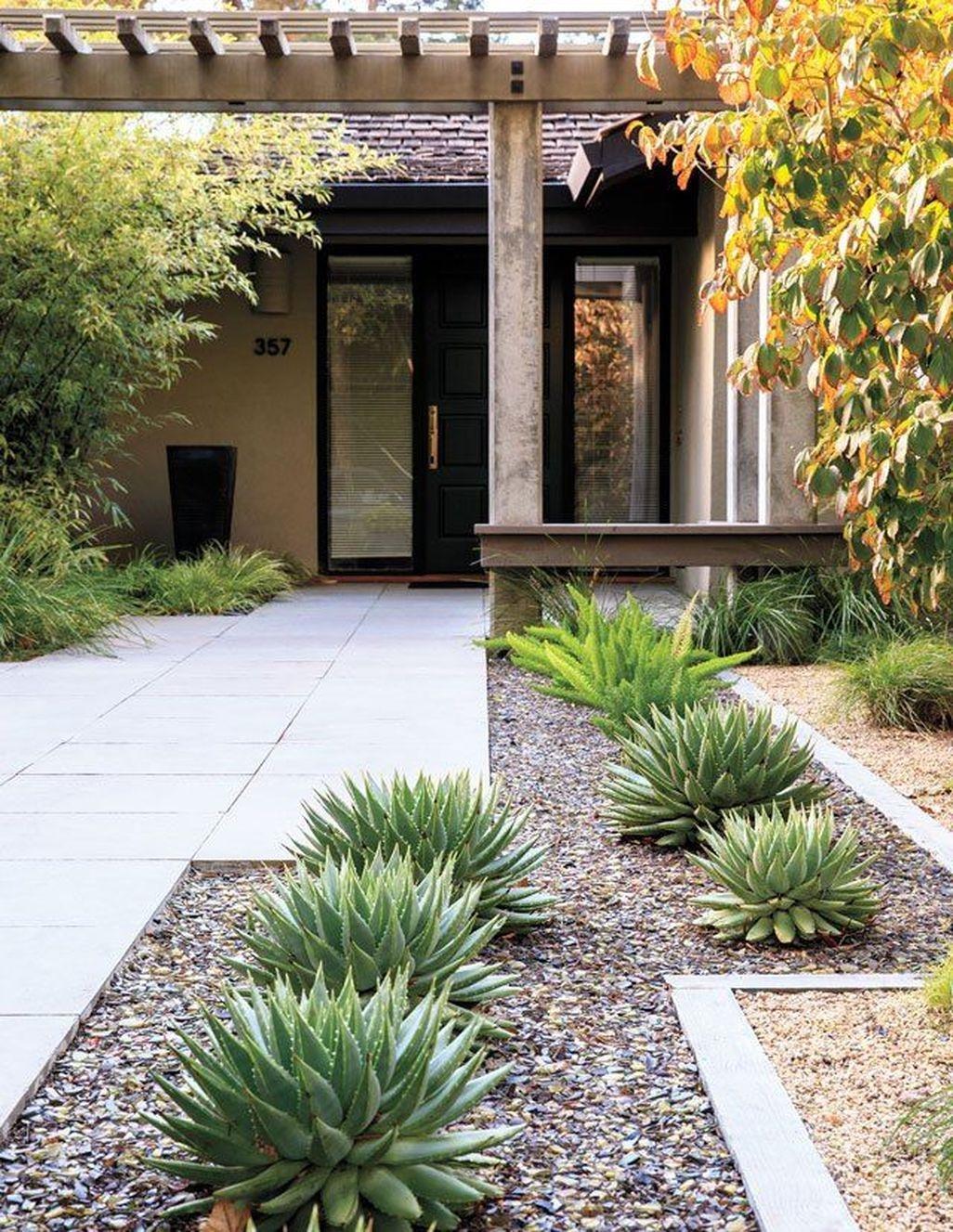 Stunning Front Yard Walkway Landscaping Design Ideas 05