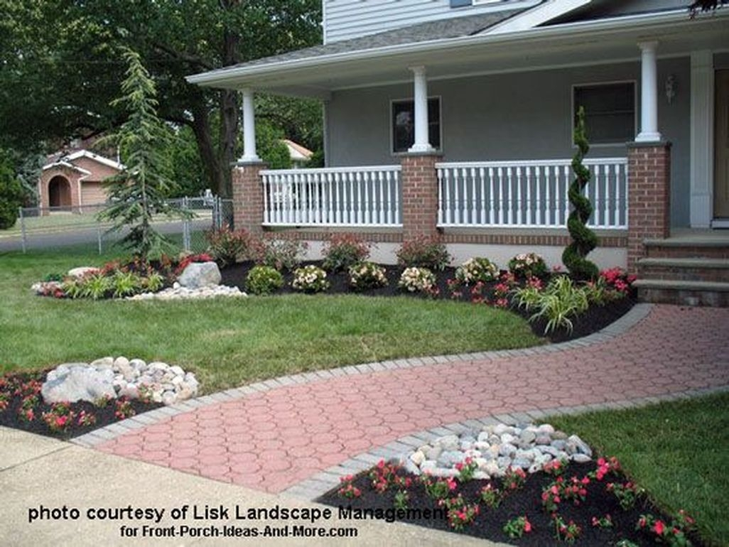 Stunning Front Yard Walkway Landscaping Design Ideas 15