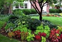 Stunning Front Yard Walkway Landscaping Design Ideas 37