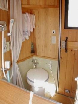Totally Inspiring Rv Bathroom Remodel Organization Ideas 27