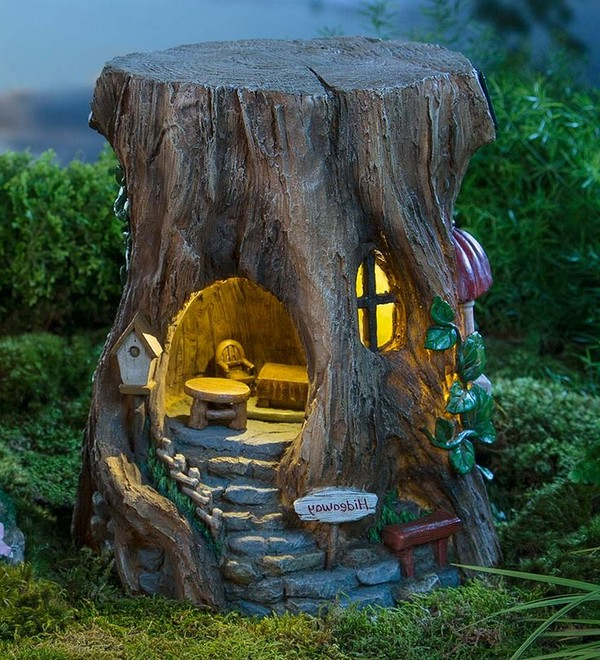 15 Excellent Tree Trunk Ideas To Decorate Your Garden