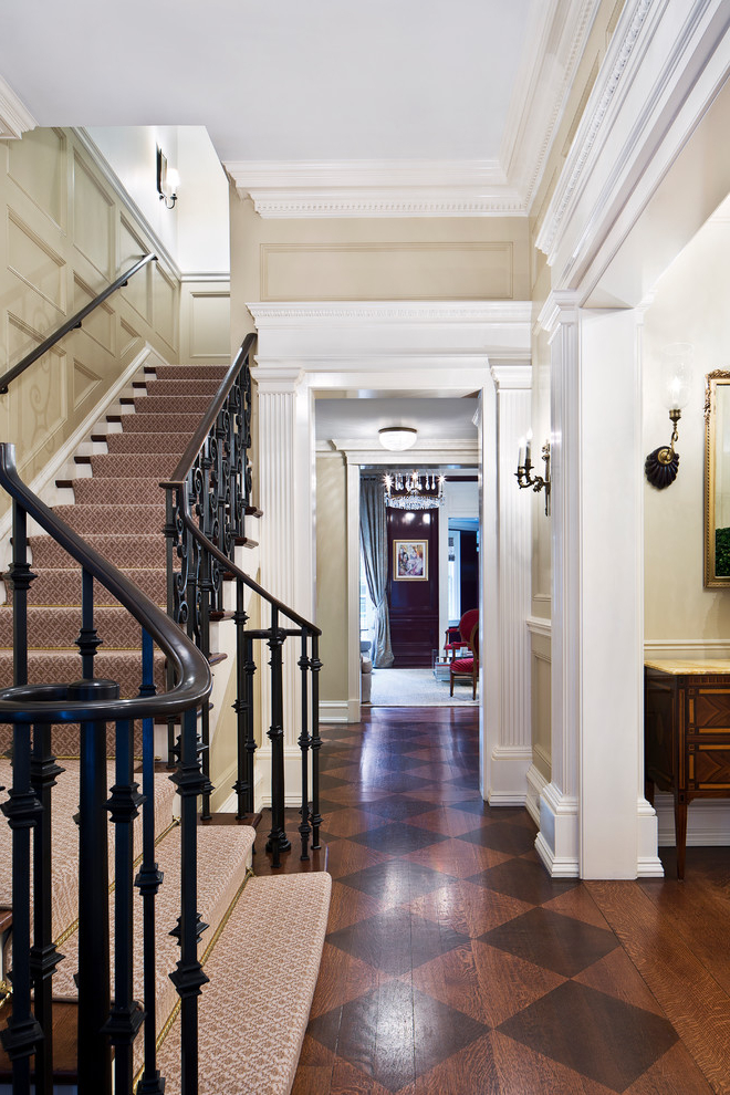 18 Elegant Traditional Staircase Designs That Will Take