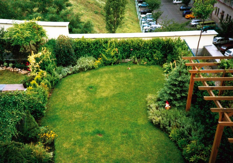 20 Beautiful And Inspiring Roof Top Garden Designs And