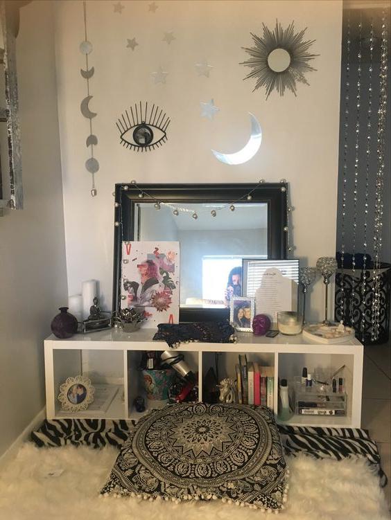 20 Best Makeup Vanities Cases For Stylish Bedroom In
