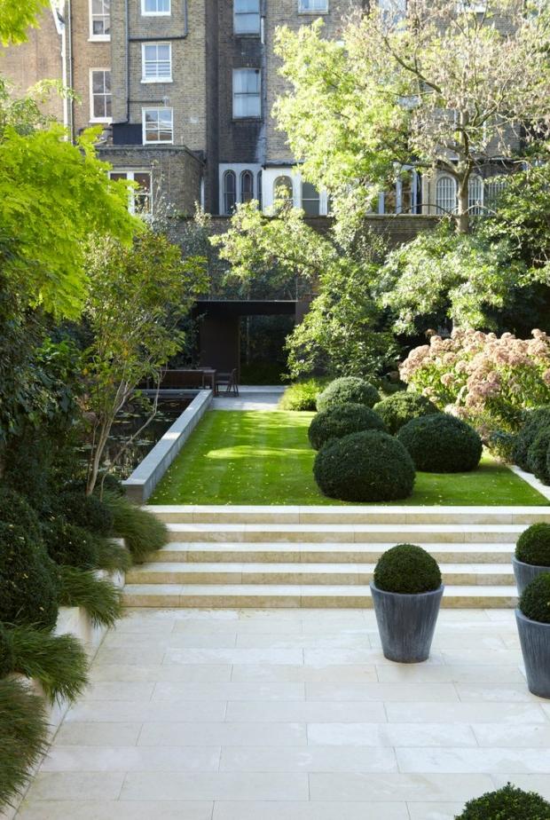 24 Beautiful Boxwood Garden Ideas