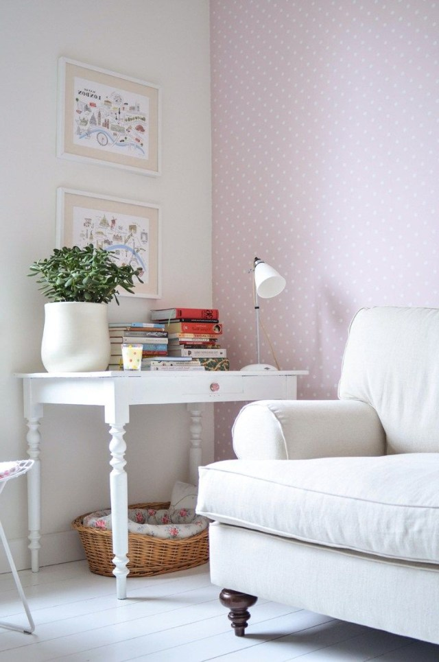 25 Photos That Prove A Pastel Accent Wall Can Actually Be